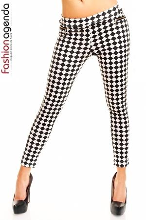 Pantaloni Cu Imprimeu Wonderland