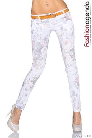 Pantaloni cu Imprimeu Floral Jess