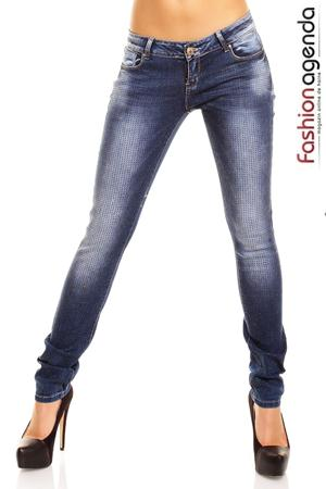 Jeans Realty